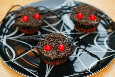 Spooky vegan cupcakes